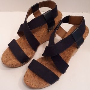 (EUC) LUCKY WEDGES